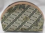 Pesan souvenir dompet batik